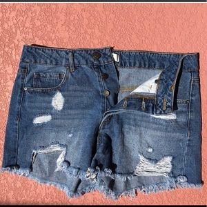 Forever 21 distressed mom shorts